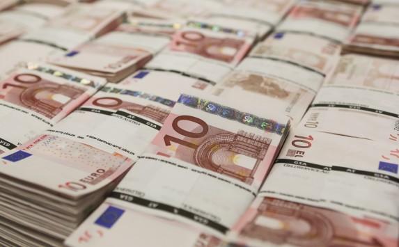 ΑΠΙΣΤΕΥΤΟ : Το Δημόσιο άντλησε 1,625 δισ. ευρώ από δημοπρασία εντόκων γραμματίων
