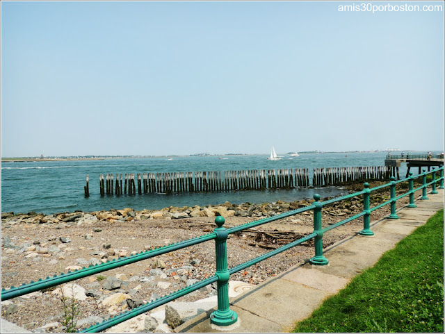 Memorial Fish-Pier