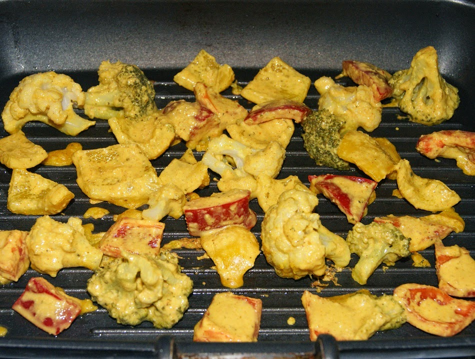 Szaszłyki indyjskie z brokuła i kalafiora