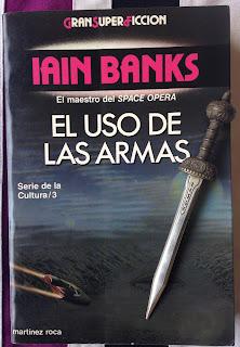 Portada del libro El uso de las armas, de Iain M. Banks