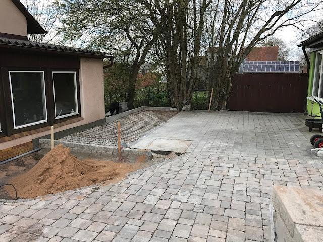 bevor der Beton kommt muß noch der Baustahl eingelegt werden (c) by Joachim Wenk