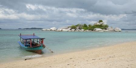 mercusuar di pulau lengkuas belitung sejarah mercusuar pulau lengkuas belitung
