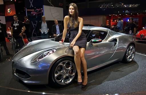 Alfa Romeo 4C Beats Nürburgring Time