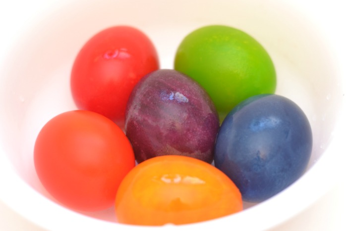 RAINBOW EGG EXPERIMENT:  one of  the coolest experiments we have ever tried!  You won't believe the results!