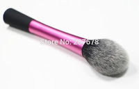 https://fr.aliexpress.com/item/Hot-Selling-Professional-Powder-Blush-Brush-Facial-Care-Facial-Beauty-Cosmetics-Foundation-Brush-Makeup-Brushes-Makeup/2031420015.html?spm=2114.13010608.0.0.Om4atR