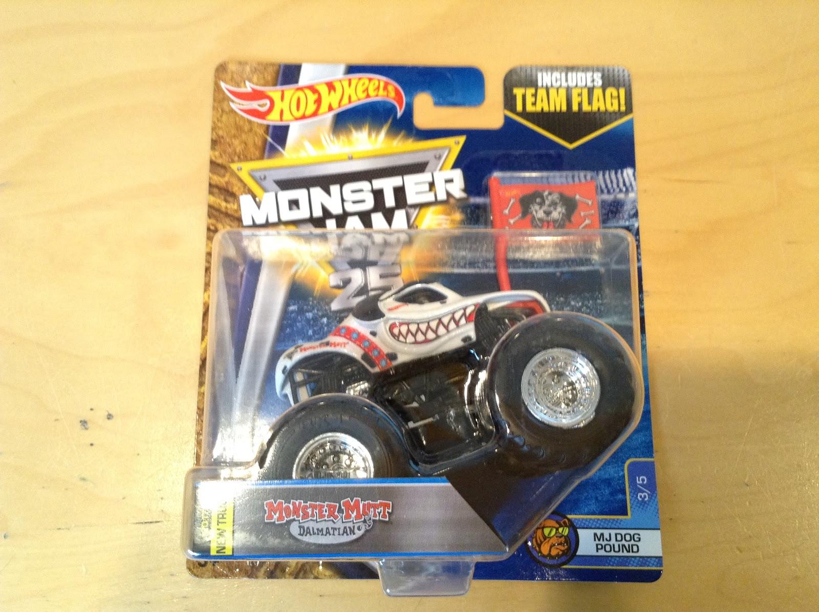 Monster Truck Dog >> Julian S Hot Wheels Blog Monster Mutt Dalmatian Monster Jam
