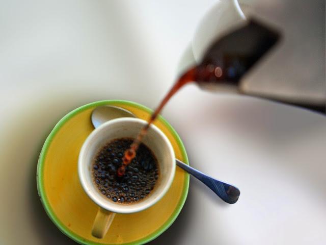 Café en cafetera italiana -  Anécdotas sobre café - Café - Cafetero - el troblogdita - el gastrónomo - ÁlvaroGP