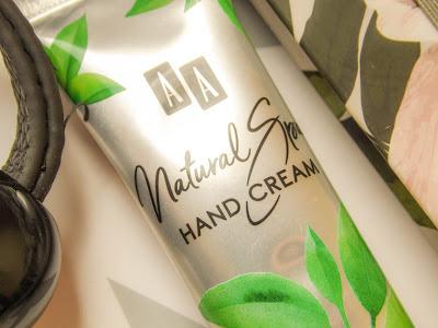 wsparcie pod ręką - AA Natural Spa - krem do rąk i paznokci