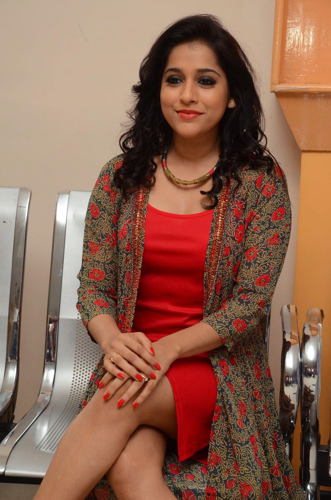 rashmi gautam new sizzling in red-HQ-Photo-20