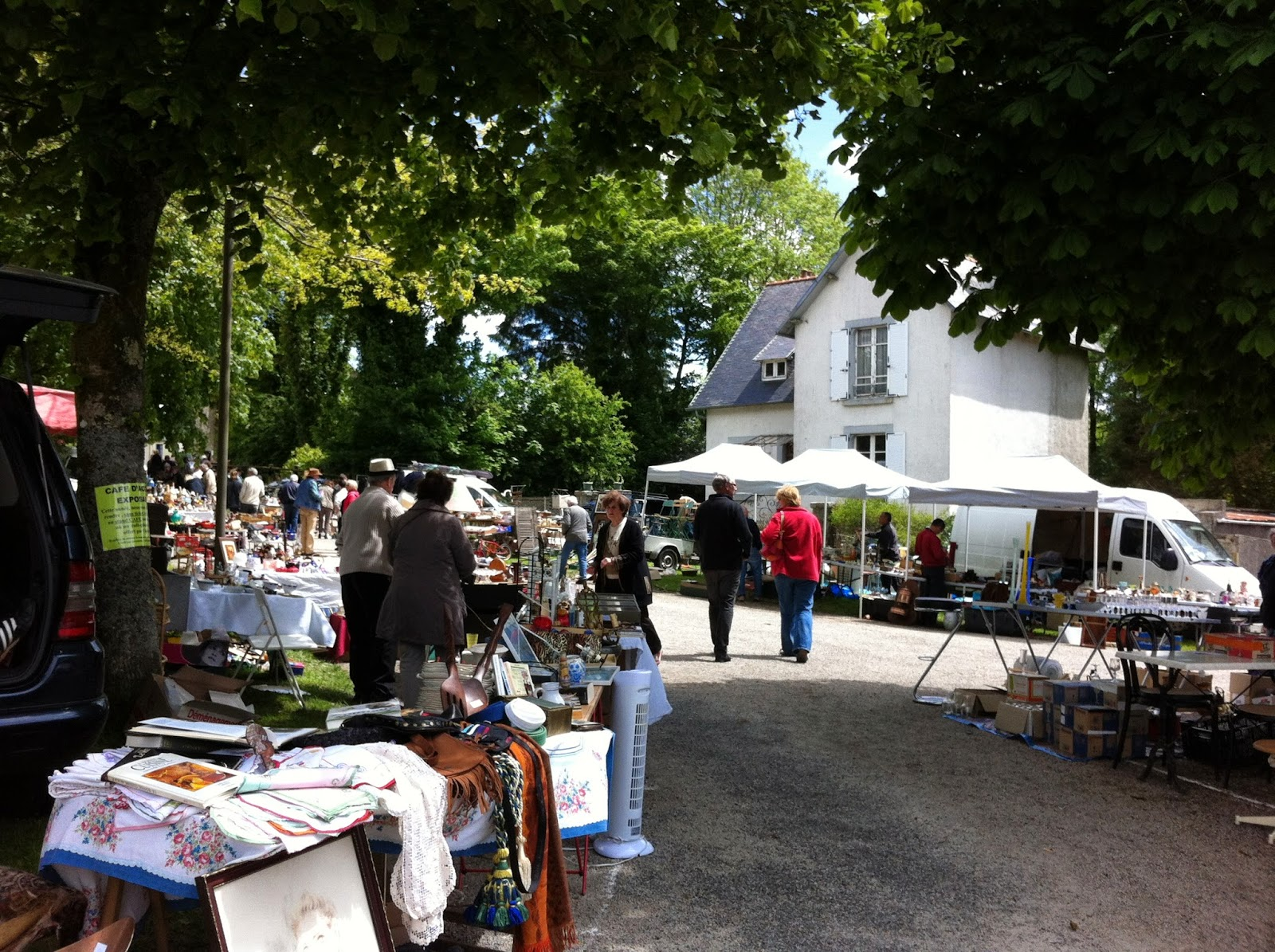 Le feuillee, Brittany, car boot sale, Huelgoat B&B