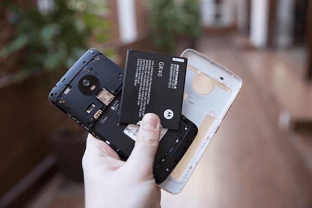 dunia bisnis ponsel sempat digemparkan dengan resmi dirilisnya sebuah ponsel canggih kary Moto G5S Plus, Smartphone Murah dengan Kualitas Premium
