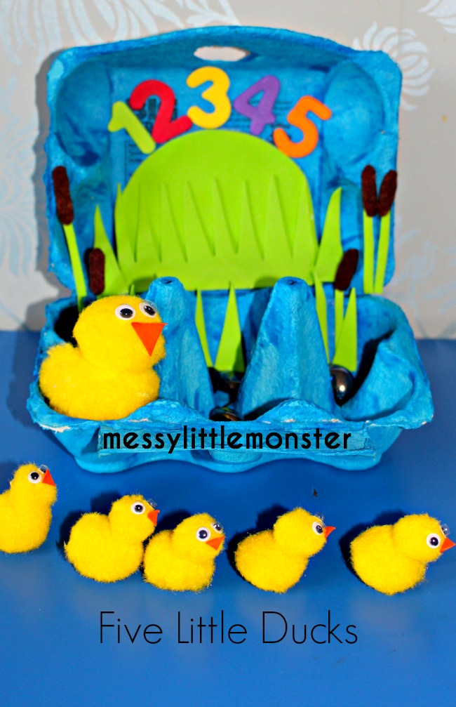 How to make an egg carton pond small world. A perfect nursery rhyme activity idea for kids. Suitable for toddlers and preschoolers.