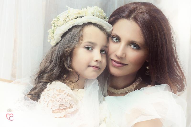 Fotografia di famiglia, mamma e bambina