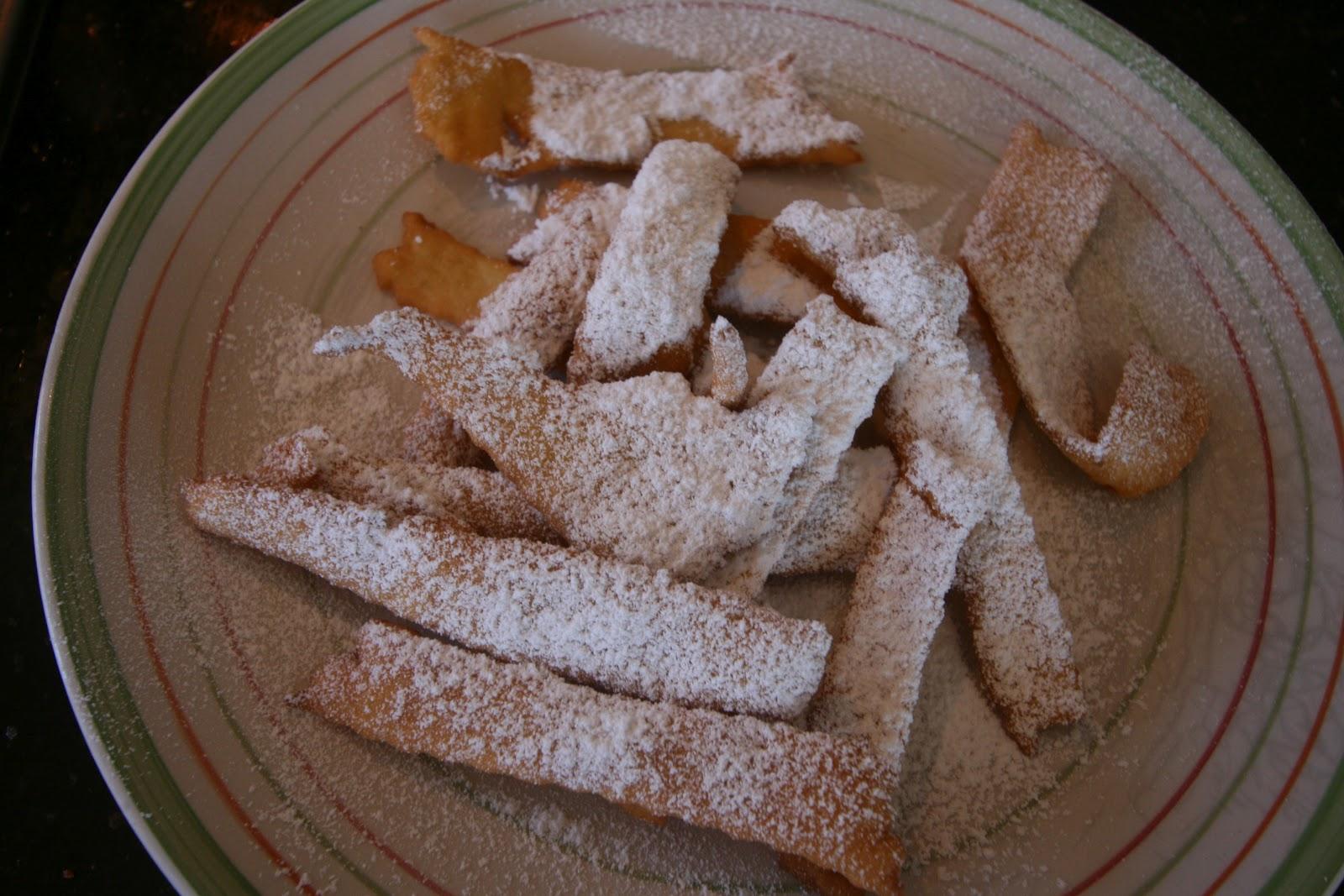 Bright Dinner Delights: Making Crostoli - The Easy Way