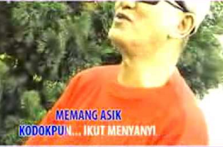 Download Mp3 Arie Wibowo - Kodokpun Ikut Bernyanyi mp3 herman mp3herman
