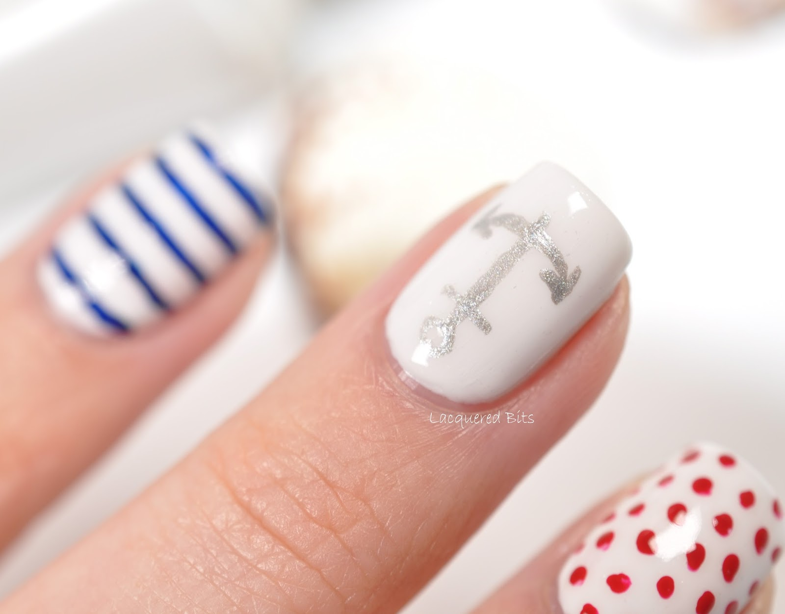 Essie Navy Summer - Lacquered Bits