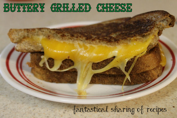 Buttery Grilled Cheese - both sides of each piece of bread are buttered and there is more cheese than you'd think possible #grilledcheese #recipe