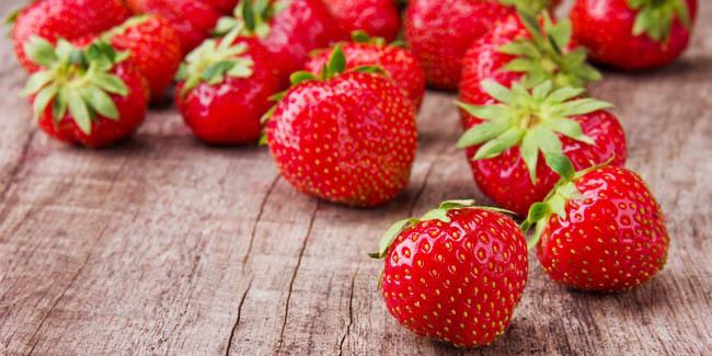 Manfaat dan cara membuat masker strawberry untuk kulit