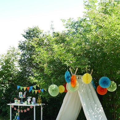 A Summer Backyard Camping Party with Free Printables