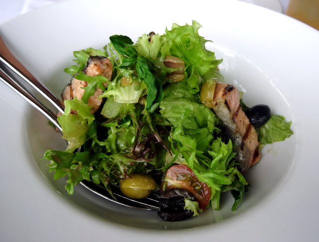 Green salad seared tuna - Shri Restaurant & Lounge in Ho Chi Minh City, Vietnam