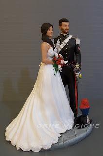 statuette per torta nozze divisa carabinieri cake topper realistici orme magiche