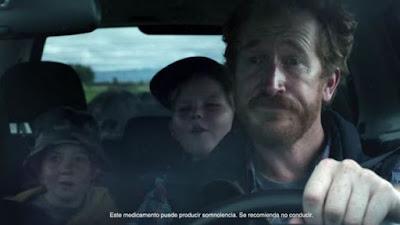 anuncio frenadol padre conduciendo