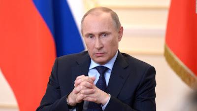 """Putin: """"Siz ümumiyyətlə, adamsınız?"""""""