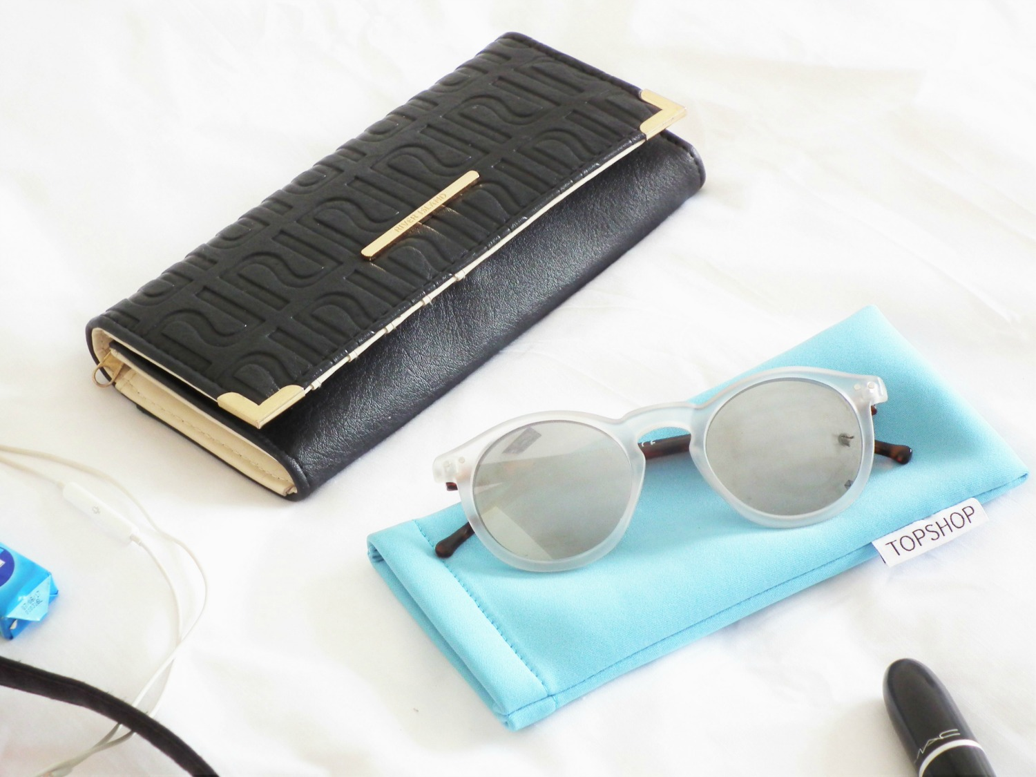 What's In My Bag - Spring/Summer Edition