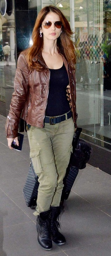 leather jacket with a well-fitted cargo pants