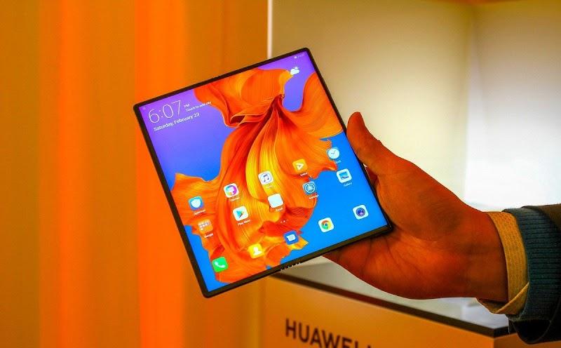 Katlanabilir Akıllı Telefon Huawei Mate X tanıtıldı!