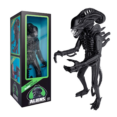 "Aliens Warrior Classic Toy Edition Matte Black 18"" Action Figure by Super7"