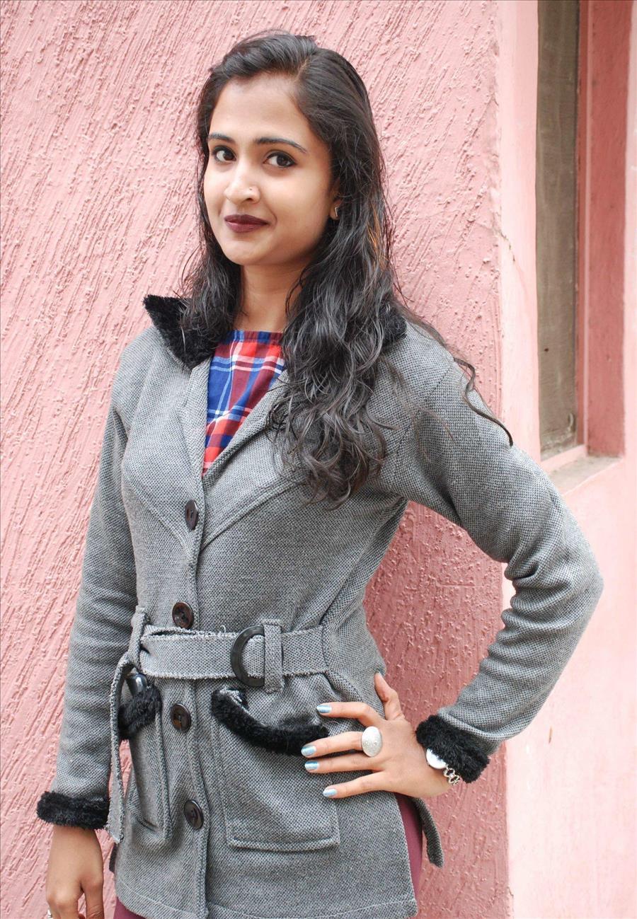 Beautiful Indian Girl Sneha Hot Face Long Hair