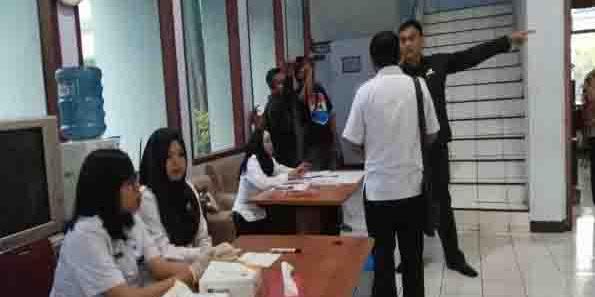 Anggota DPRD dari PDIP Ini Mengamuk Saat Tes Urine BNN