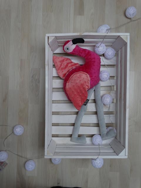 różowy flaming maskotka 1