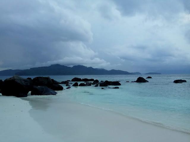 Destinasi Trip Pulau di Lampung Umang-umang