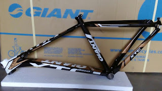 Frame 27.5 Giant Xtc Slr Black Blue