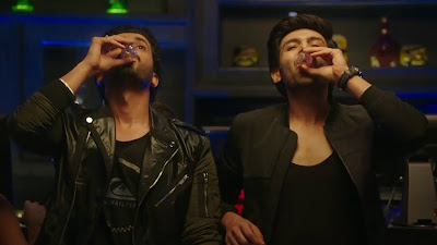 Sonu Ke Titu Ki Sweety Kartik Aaryan And Sunny Singh Nijjar HD Wallpaper