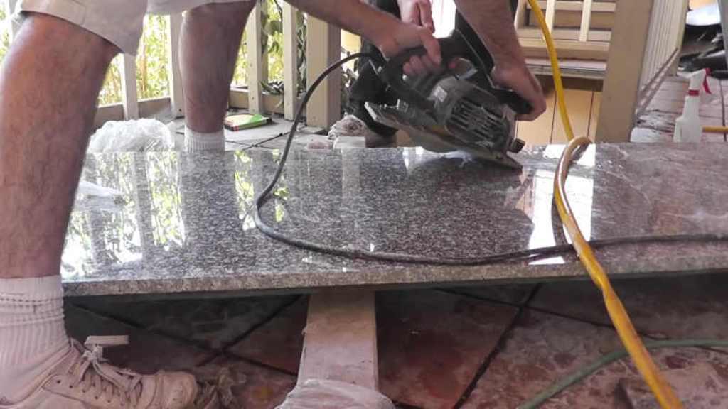 Cara Pasang Granit Meja Dapur Yang Benar Agar Hasilnya