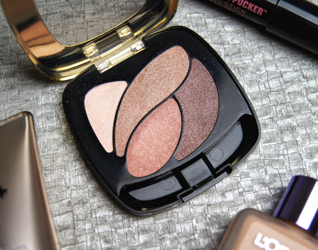 loreal color riche eyeshadow quad nude lingerie review