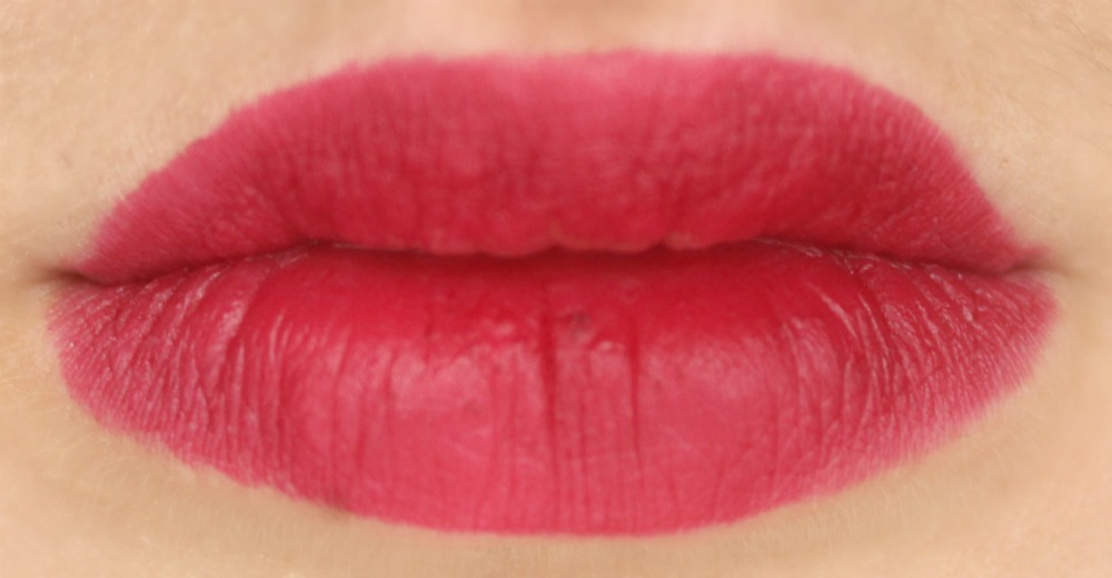 Glo Minerals Lipstick in Date Night Lip Swatch