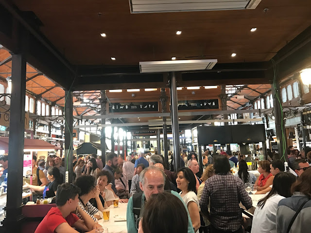 Tapear Mercado de San Miguel Madrid