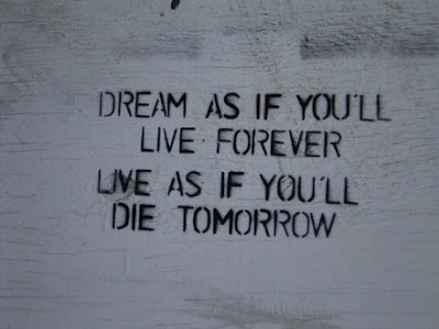 dream-as-if-you-are-live-forever-live-as-if-you-will-die-toorrow-whatsapp-inspiring-dp