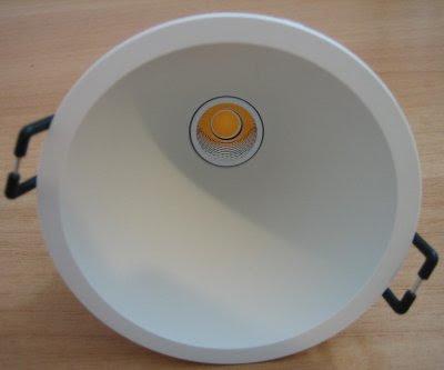 http://bombillasdebajoconsumo.blogspot.com.es/2019/01/downlight-led-swap-arkoslight-5w-700-lm.html