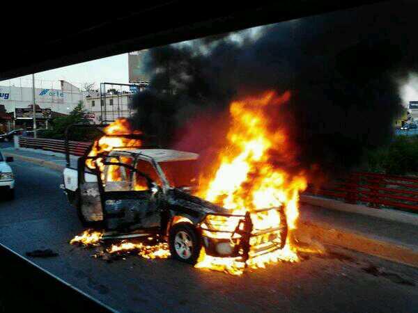 Escenas de guerra en Reynosa, arde Culiacán por dos horas, 46 muertos en Zacatecas. Las redes burlando el pacto oficial de silencio