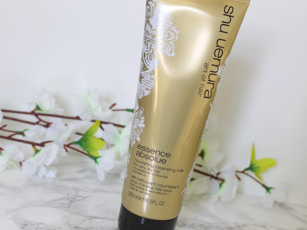 Shu Uemura Essence Absolue Nourishing Cleansing Milk