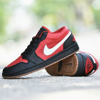 Sepatu Nike Jordan Hitam Merah