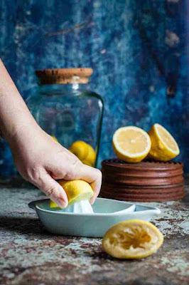 أوراق شجرة الأوكالبتوس والليمون