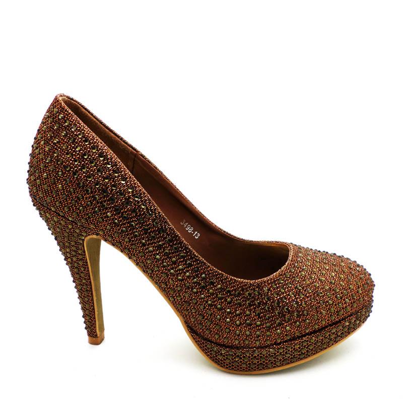 tips memilih sepatu wedges rahasia tampil tinggi untuk si mungil jenis sepatu  wanita sepatu wedges wanita b3804dbf80