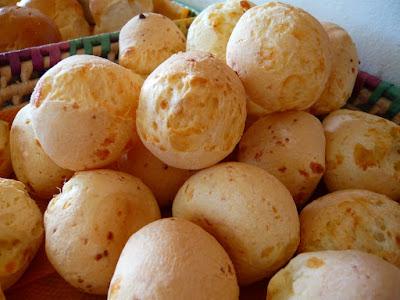 Receita de pão de queijo caseiro