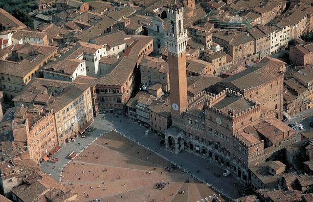 Informações sobre o Palazzo Comunale em Siena